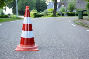asphalt-blacktop-curve-1128843